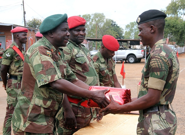 Zimbabwe army told to 'stay out of politics'