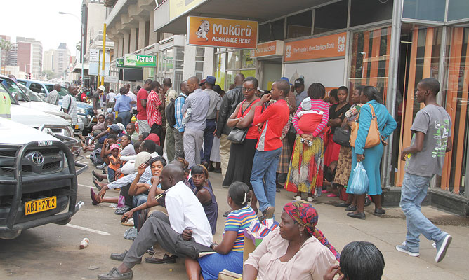 Cash crisis in Zim a crisis of discipline, confidence