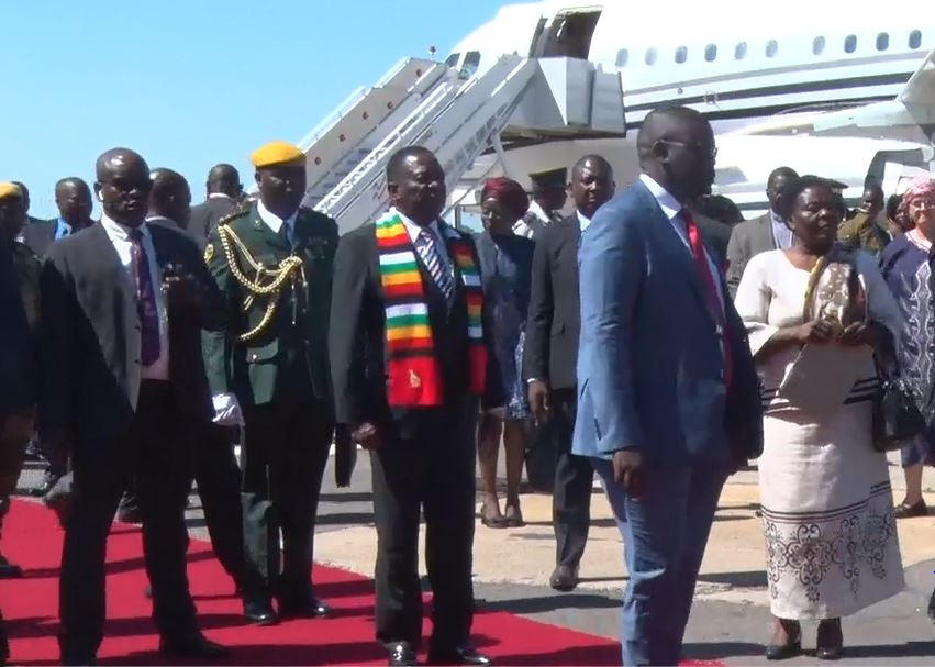 Mnangagwa jets in for ZITF