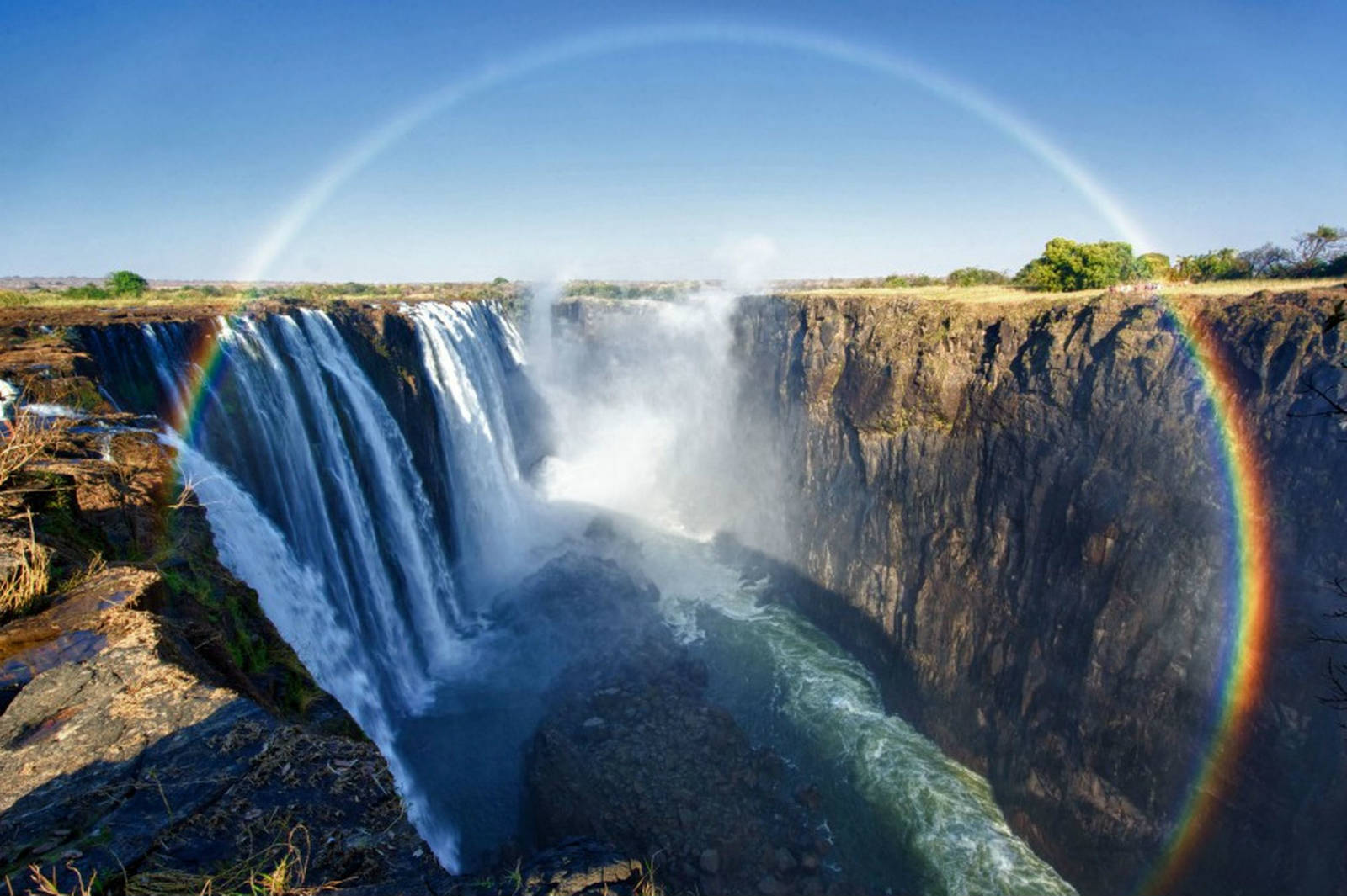 More tourists flock to Victoria Falls