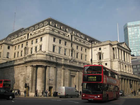 BoE signals retreat from quantitative easing