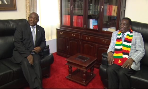 Mnangagwa, Ramaphosa hold talks