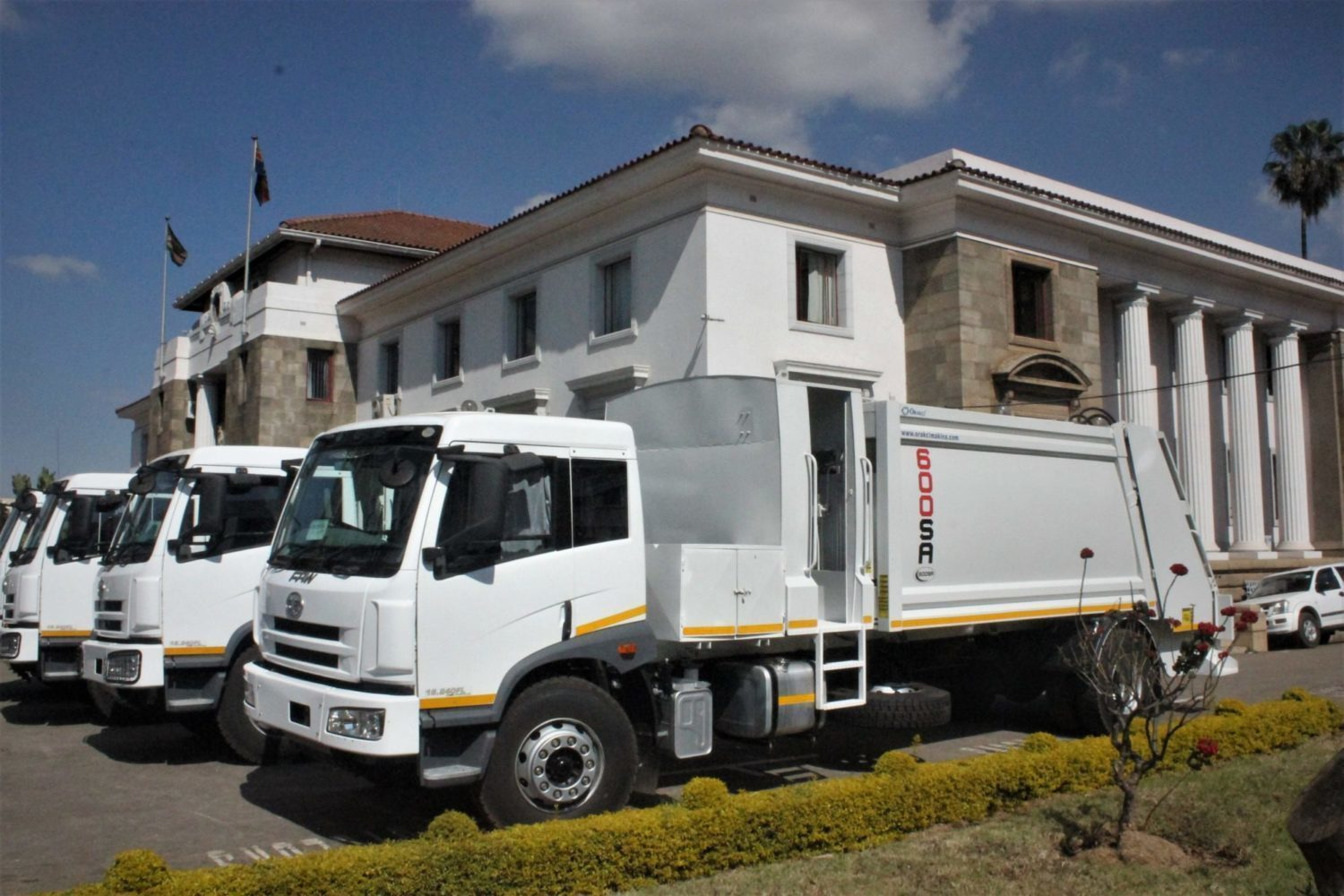 Harare council takes delivery of wrong refuse trucks