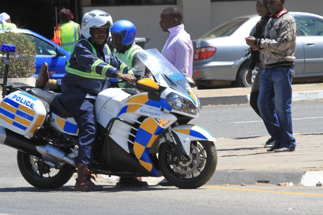 Police crack down on errant motorists